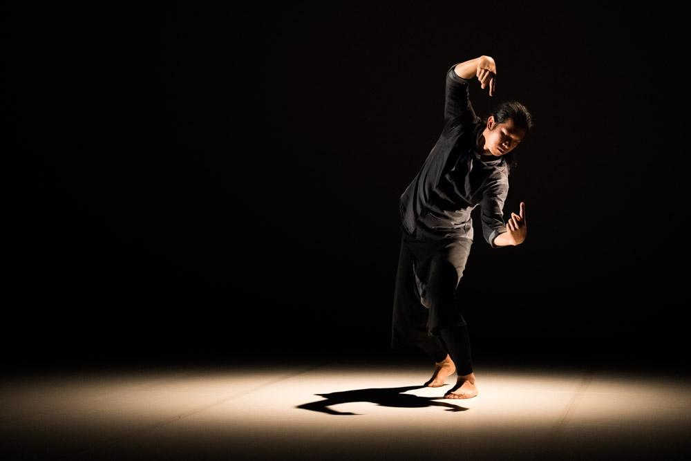 Danse, olé khamchanla; chorégraphe