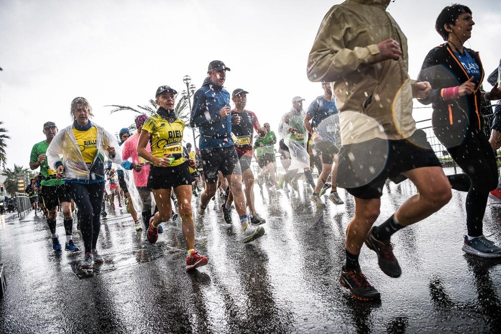 Course à pied, marathon nice cannes, nice, pluie, sport